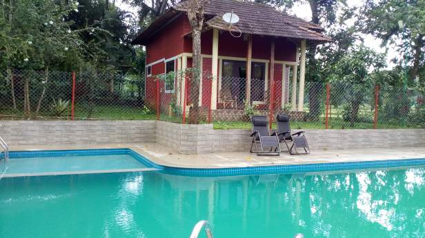 Pepper Green Village Swimming Pool Let 39 S Travel