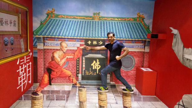 Shaolin Kung Fu at Trick Eye Museum