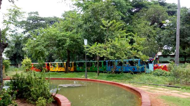 Toy train @ Botanical Garden